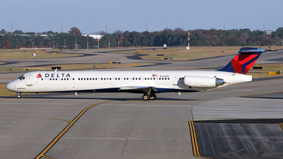 N960DL - McDonnell Douglas MD-88 - Delta Air Lines
