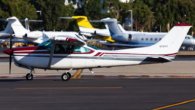 N737VT - Cessna TR182 Turbo Skylane RG - Private