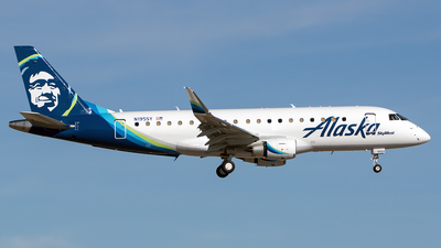 N195SY - Embraer 170-200LR - Alaska Airlines (Skywest Airlines)