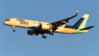 A picture of D4CCF - Boeing 757236 - Cabo Verde Airlines - © Gautham Kurup