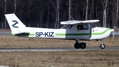 SP-KIZ - Reims-Cessna F150A - Private