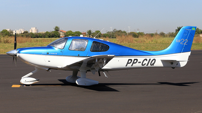 A picture of PPCIQ - Cirrus SR22 - [3773] - © Alex Pelicer
