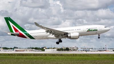 EI-EJG - Airbus A330-202 - Alitalia