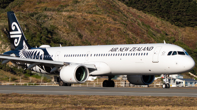 A picture of ZKNND - Airbus A321271NX - Air New Zealand - © Lachlan Deans