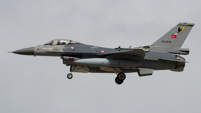 92-0016 - Lockheed Martin F-16C Fighting Falcon - Turkey - Air Force