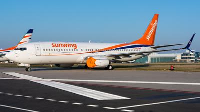 C-GNVR - Boeing 737-86N - Sunwing Airlines