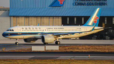B-309M - Airbus A320-251N - China Southern Airlines
