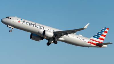 A picture of N413AN - Airbus A321253NX - American Airlines - © global_flyer1
