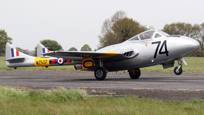 WZ507 - De Havilland Vampire T.11 - Private