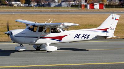 A picture of OKFCA - Cessna 172S Skyhawk SP - [172S9719] - © Hugo Schwarzer