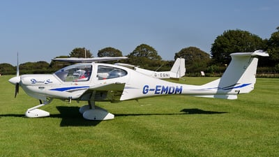 G-EMDM - Diamond DA-40 Diamond Star - Private