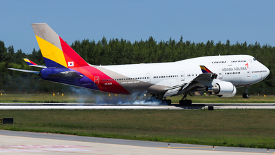 HL7428 - Boeing 747-48E - Asiana Airlines