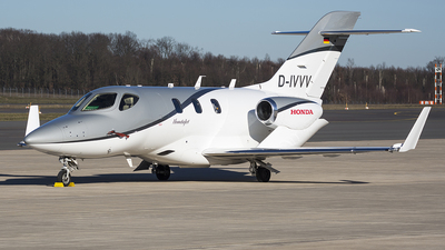 D-IVVV - Honda HA-420 HondaJet - Private