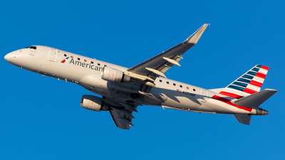 A picture of N255NN - Embraer E175LR - American Airlines - © John Newsome