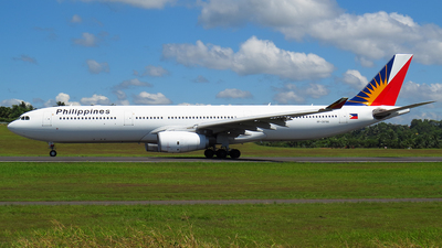 A picture of RPC8766 - Airbus A330343 - Philippine Airlines - © Ryu Guji