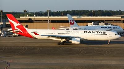 VH-QPI - Airbus A330-303 - Qantas