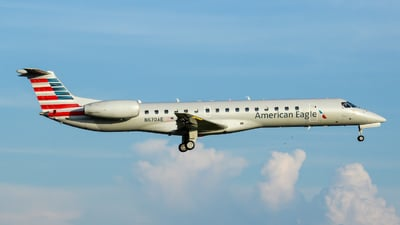 A picture of N670AE - Embraer ERJ145LR - American Airlines - © nicholastoto