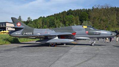 A picture of HBRVP - Hunter T.Mk.68 - [41HR/003206] - © Mirko Bleuer