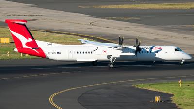 A picture of VHQOS - De Havilland Canada Dash 8400 - Qantas - © Gus Fuller