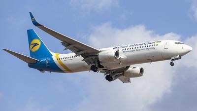 A picture of URPSF - Boeing 73784R - Ukraine Int. Airlines - © Denis Kuzmenko