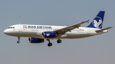 EP-TTA - Airbus A320-231 - Iran Air Tours