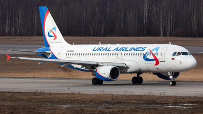 VP-BMW - Airbus A320-214 - Ural Airlines