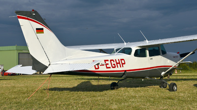 D-EGHP - Cessna 172RG Cutlass RG - Private