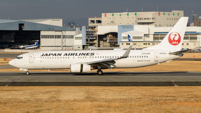 A picture of JA334J - Boeing 737846 - Japan Airlines - © Tsumugu Ono