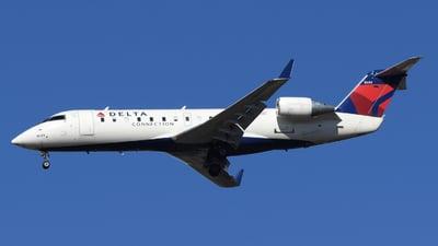 A picture of N8683B - Mitsubishi CRJ200LR - Delta Air Lines - © DJ Reed - OPShots Photo Team