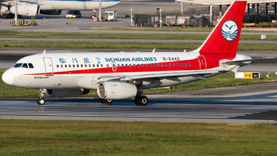 A picture of B6442 - Airbus A319133 - Sichuan Airlines - © zzy020213