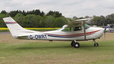 G-OWRT - Cessna 182G Skylane - Private