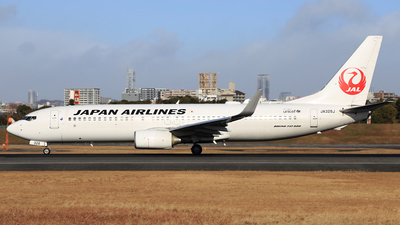 JA328J - Boeing 737-846 - Japan Airlines (JAL)