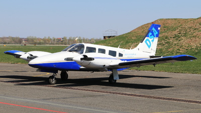OK-DST - Piper PA-34-200T Seneca II - Private