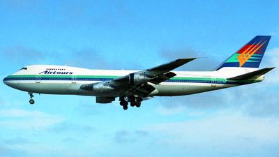 ZK-NZZ - Boeing 747-219B - Airtours International Airways