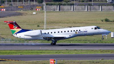 ZS-SWV - Embraer ERJ-135ER - South African Airlink