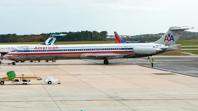 N474 - McDonnell Douglas MD-82 - American Airlines