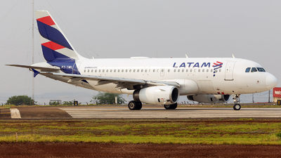 A picture of PTTML - Airbus A319132 - LATAM Airlines - © Matheus Lima
