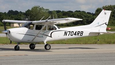 N704RB - Cessna 172S Skyhawk SP - Private