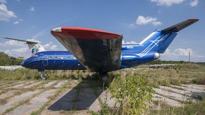 UR-MHG - Yakovlev Yak-40 - Private