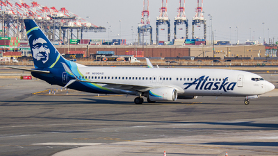 A picture of N590AS - Boeing 737890 - Alaska Airlines - © Xiamen Air 849 Heavy