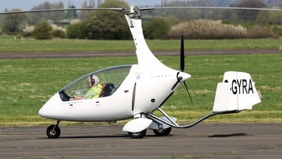 G-GYRA - Rotorsport UK Cavalon - Private