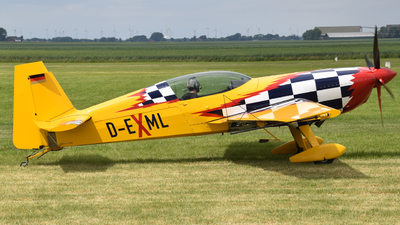 D-EXML - Extra 300S - Private