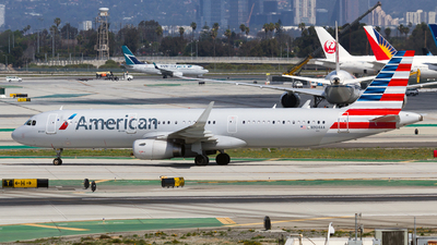 N904AA - Airbus A321-231 - American Airlines