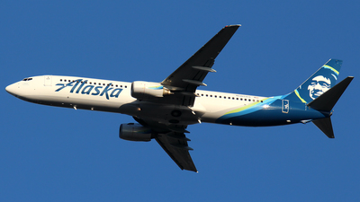 A picture of N305AS - Boeing 737990 - Alaska Airlines - © Huy Do