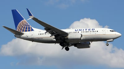 A picture of N17730 - Boeing 737724 - United Airlines - © Xiamen Air 849 Heavy