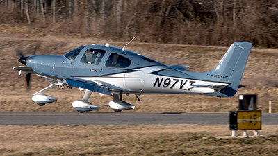N97VT - Cirrus SR22-GTS G6 Carbon - Private