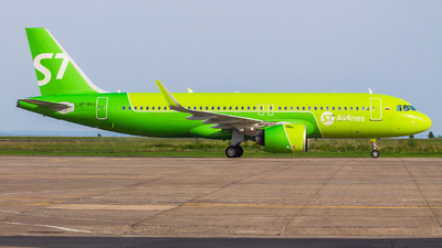 A picture of VPBVJ - Airbus A320271N - S7 Airlines - © Mikhail Leukhov