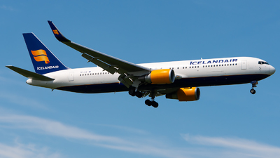 A picture of TFISW - Boeing 767319(ER) - Icelandair - © GoldenWingPix