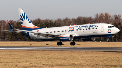 A picture of TCSEY - Boeing 7378HC - SunExpress - © Boscgnspotter