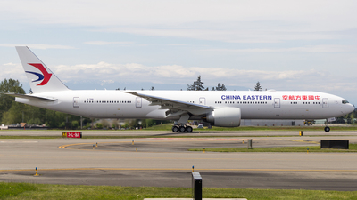 B-7881 - Boeing 777-300ER - China Eastern Airlines